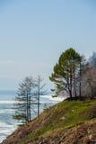 De lente op Road circum-Baikal aan het zuiden van Meer Baikal Stock Afbeeldingen