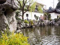 De lente in traditionele Chinese tuin Royalty-vrije Stock Foto
