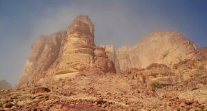 De Lente van Lawrence ` s in Wadi Rum, Jordanië Stock Afbeelding
