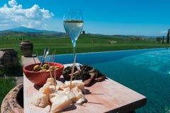 De lenteaperitief in Toscanië royalty-vrije stock foto