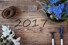 De lentebloemen, Tekst 2017 Stock Foto's