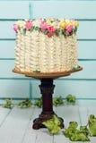De lentecake op de lijst Stock Foto
