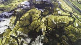 De lentegebieden en weiden tijdens dooi Royalty-vrije Stock Afbeelding