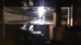 De lentekader voor een matras, mening van een nutria van de lenteblokken, machine voor de productie van de lentes, de lente stock footage