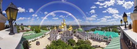 De lenteklooster in Kiev royalty-vrije stock foto