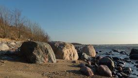 De lentemiddag op overzeese kust royalty-vrije stock afbeeldingen