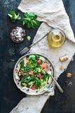 De lentesalade met veldsla, grapefruit stock foto's