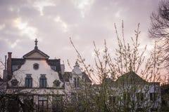 De lentezonsondergang in Brussel stock foto