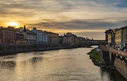 De lentezonsondergang in Florence stock foto's
