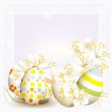 Elegante de groetkaart van Pasen in lichtblauwe kleur met ruimte voor Stock Foto's
