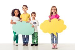 De leuke kinderen met toespraak borrelen Stock Foto's