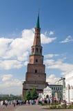 Leunende patrouille (wacht) Toren Soyembike in Kazan, Rusland Stock Afbeelding