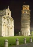 De leunende Toren van Pisa stock afbeeldingen