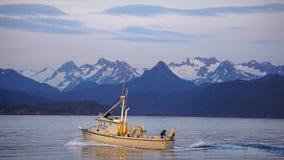 De Levensstijlroeien van Alaska op Waterweg Stock Fotografie