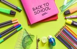 De levering van het schoolbureau Terug naar School royalty-vrije stock afbeeldingen