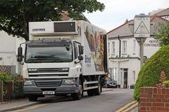 De leveringsvrachtwagen van het Bidvestvoedsel royalty-vrije stock afbeeldingen