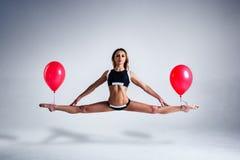 De levitatie van de vrouwenballon Royalty-vrije Stock Fotografie