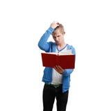 De lezingsboek van de student stock foto