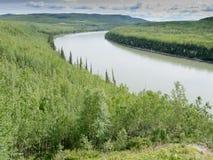 De Liard de rivière de région sauvage Canada vert AVANT JÉSUS CHRIST Image stock