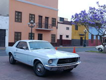 De lichtblauwe kleur Ford Mustang V289 bouwde 1967, Lima in Royalty-vrije Stock Afbeelding