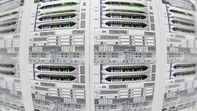 De lichte, moderne werkende gegevensservers met het opvlammen LEDs in de gegevens centreren stock videobeelden