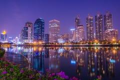 De Lichte Stad van de nacht Stock Afbeeldingen