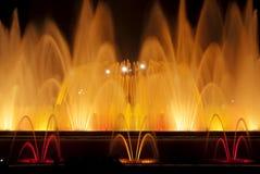 De lichten van de fontein in Barcelona Stock Foto's