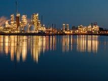 De lichten van de raffinaderij Royalty-vrije Stock Foto