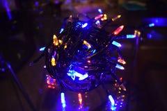 De Lichten van Kerstmis Het gloeien Lichten Slingers, Kerstmisdecoratie Geleide lamp stock foto's