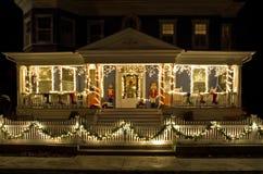 De Lichten van Kerstmis op de Portiek Stock Fotografie