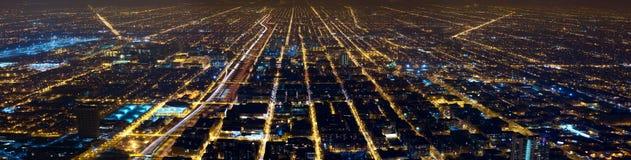De lichtenpanorama van de nachtstad stock foto's