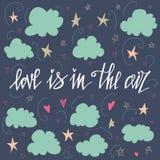 De liefde is in de lucht Hand getrokken kaartontwerp Met de hand gemaakte kalligrafie Perfect ontwerp voor uitnodigingen, romanti Royalty-vrije Stock Fotografie