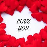 De LIEFDE die U met rode de decoratieachtergrond van de hartvorm hebt verwoord Liefde, Huwelijk, Romantische en Gelukkige de dagv royalty-vrije stock foto