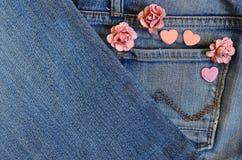 De liefde van de jeanszak Stock Foto's