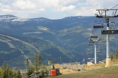 De lift van de stoel in de vroege lente Stock Afbeelding