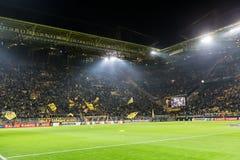 De Ligagelijke van UEFA Europa tussen Borussia Dortmund versus PAOK Royalty-vrije Stock Afbeeldingen