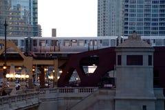De Lijn van Chicago tijdens spitsuur zet om Stock Foto's