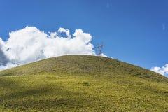 De lijn van de hoogspanningmacht in Tucuman, Argentinië. Royalty-vrije Stock Foto's