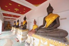 De lijn van oude monnik, Thailand. Royalty-vrije Stock Afbeelding