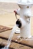 De Lijnen van het drainagewater Stock Foto's