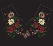 De lijnpatroon van de borduurwerk exotisch hals met vereenvoudigde bloemen en Royalty-vrije Stock Afbeelding