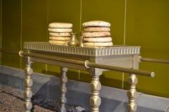 De lijst met toont brood, Model van Tabernakel, tent van vergadering in Timna-Park, Negev-woestijn, Eilat, Israël stock fotografie