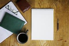 De lijst schrijft de mening van het handbureau Royalty-vrije Stock Afbeeldingen
