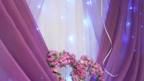 De lijst van het decoratiehuwelijk in purpere kleur stock videobeelden