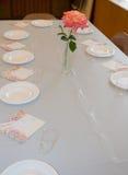 De lijst van het diner in een kerk royalty-vrije stock afbeelding