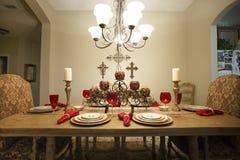 De Lijst van Kerstmischristian dining dinner setting arrangement stock foto