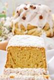 De lijst van Pasen met cakes Royalty-vrije Stock Foto's