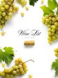 De lijstachtergrond van de kunstwijn; zoet wit druiven en blad royalty-vrije stock foto's