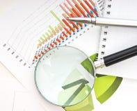 De lijsten en de documenten van grafieken stock afbeelding