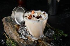 De Likeur van de koffieroom van brandewijn en whisky stock afbeeldingen